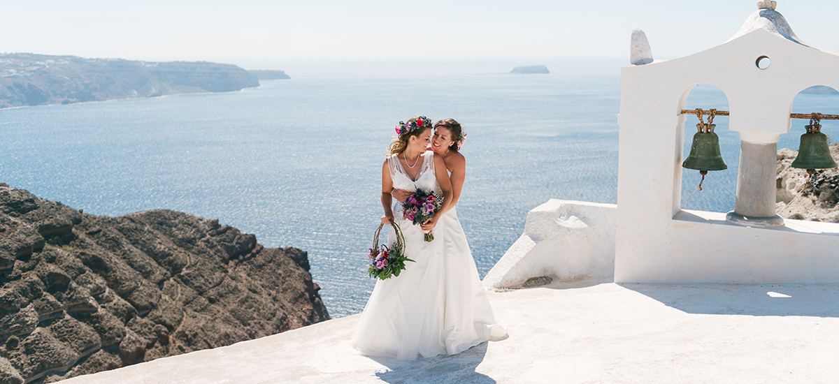 phosart same sex marriage brides twobrides santorini wedding photography destination caldera lesbians photoshoot 1