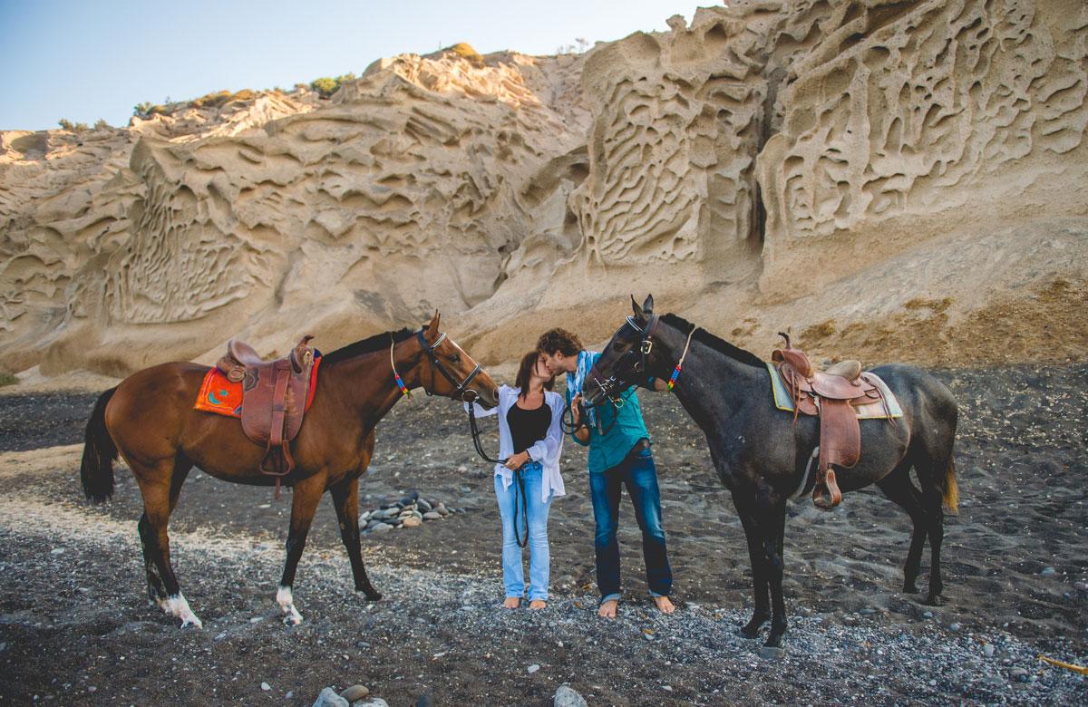 Riding in Santorini - StudioPhosart