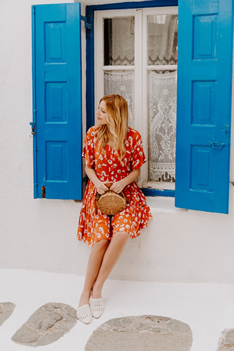 Discover Mykonos with Sivylla