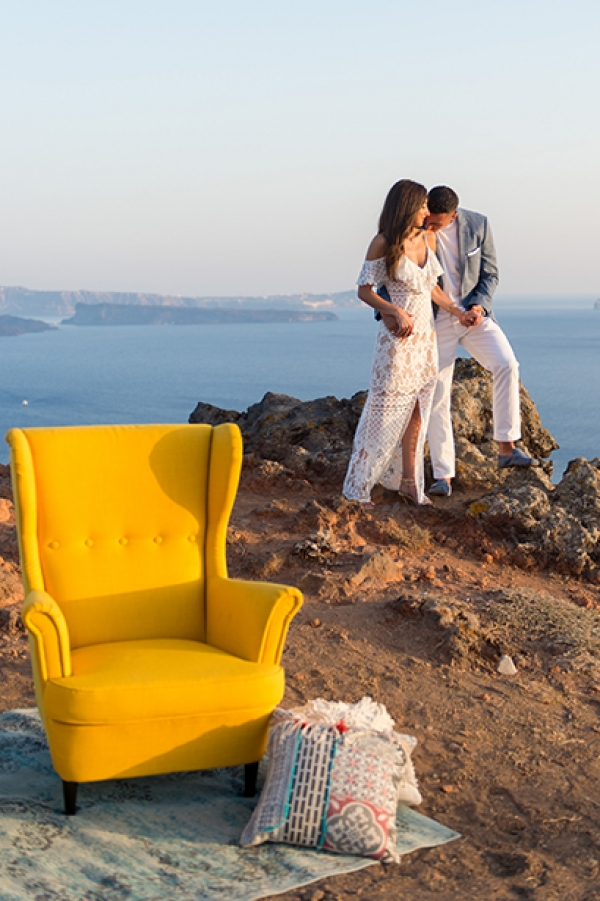The perfect marriage proposal overlooking the Caldera