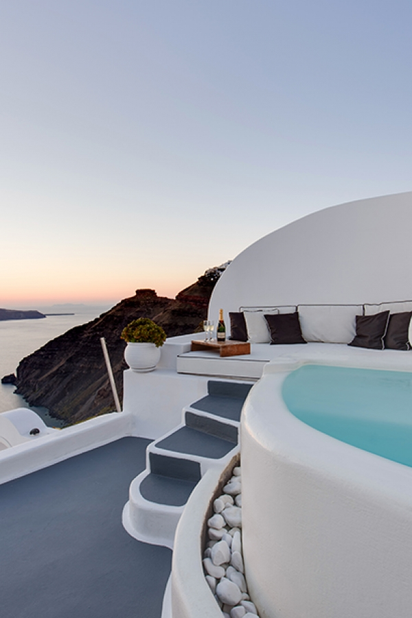 Honeymoon Pool Suites, Dana Villas, Santorini