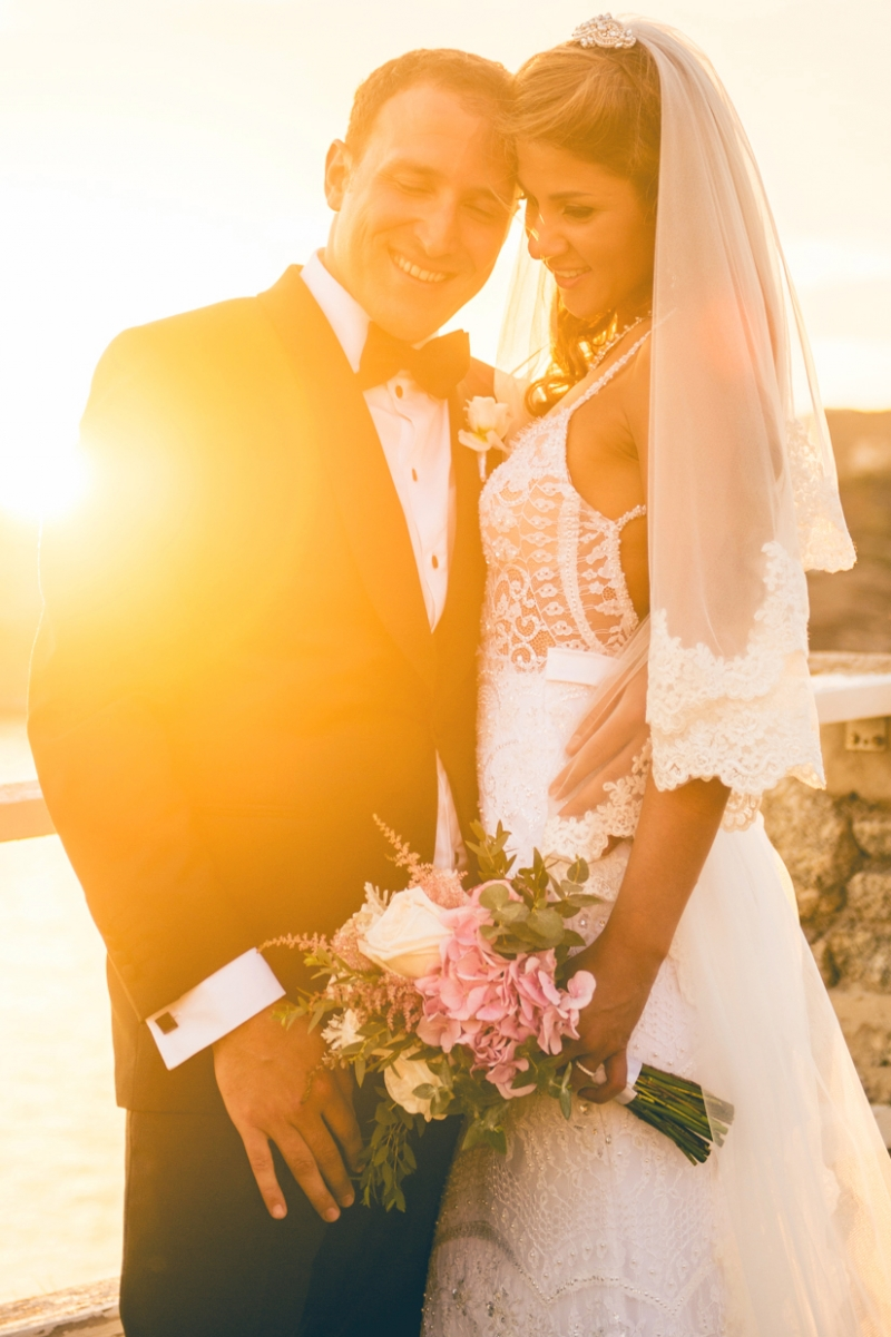 Luxurious destination wedding in Mykonos island
