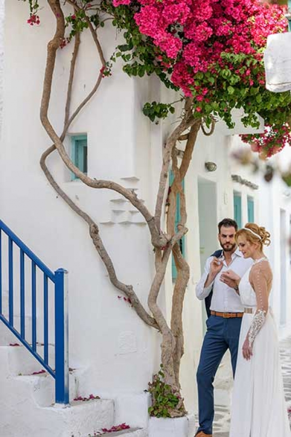 Romantic After-Wedding Session in Paros