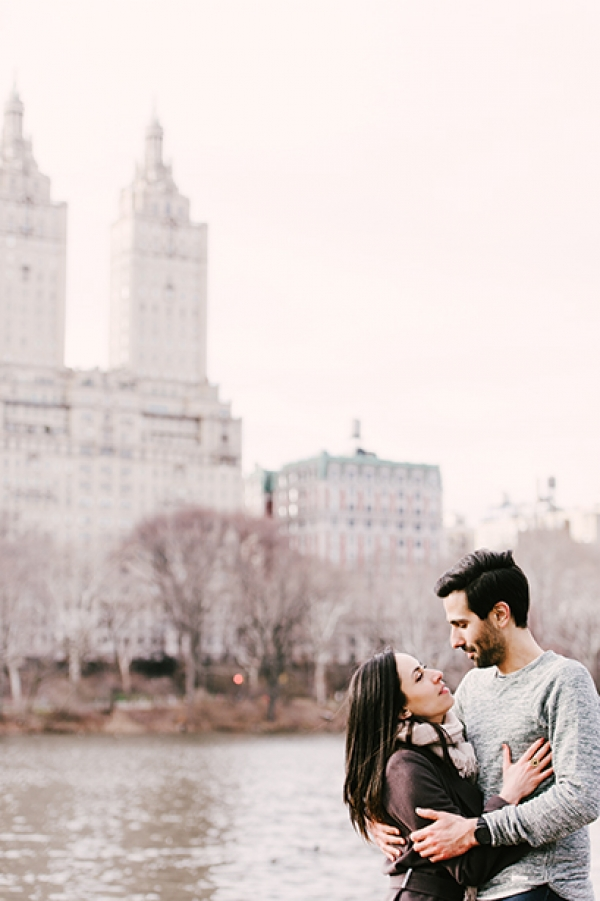 Romantic couple photo session in Central Park, New York!