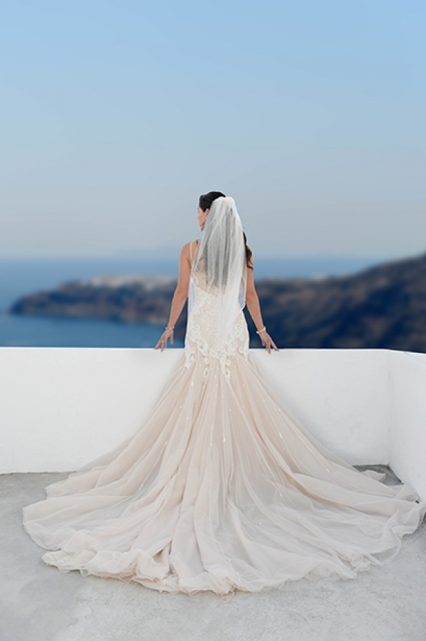 Dreamy Wedding at Santorini Gem