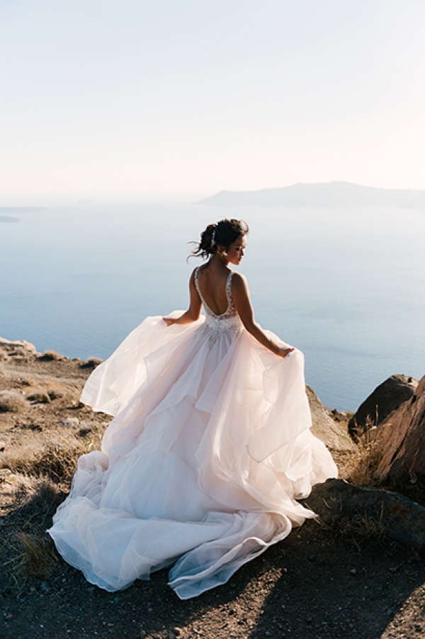 Romantic August Wedding at Santorini